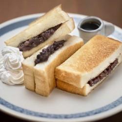 小倉あんのトーストサンド